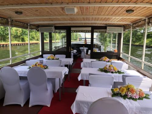 Hochzeit auf dem Schiff MS Vera